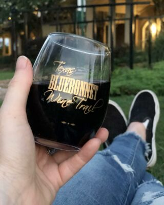 How do you spend your summer evenings? Sipping and swirling is one of our favorite past times. Follow the link in our bio to find out more about the July Harvest Wine Trail and your local Texas wineries. . . . #winepairings #texasgrapeharvest #winetrail #texaswinetrail #harvesttrail #houstonwinetrail #wine #instawine #summerwine #summertime #summmerwinepairings #winetime #winelover #winelovers #cheers #texaswinecountry #texaswinery #texaswine #visittexas #texashighways #365hou #visithouston #texaswineries @messina_hof @bernhardtwinery @perrinewinery @pleasanthillwinery @peach_creek_winery @texasstarwinery @corkthiswinerymontgomery @saddlehornwinery